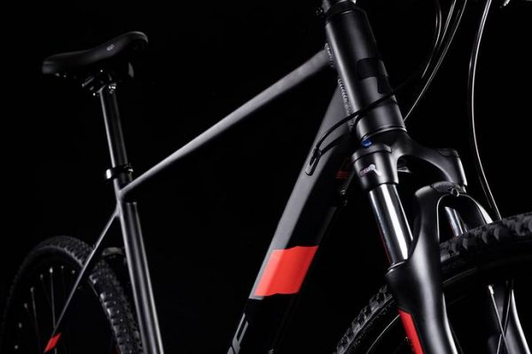 Cube Nature Pro Black´n´red 2019 2